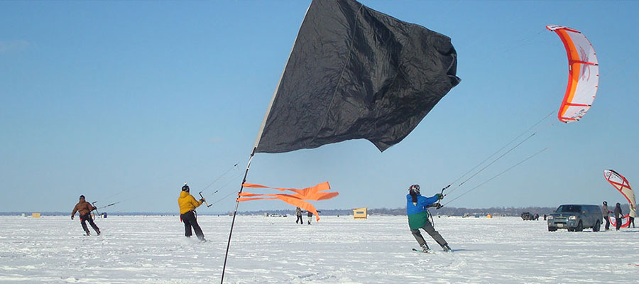 Cook's Bay Ontario Snowkiting Race