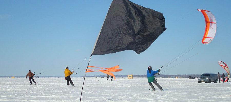 Cook's Bay Ontario Snowkiting Race